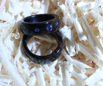 Makassar-/Ebenholz mit Swarovski Kristallen Sapphire